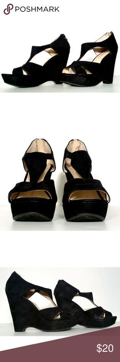 NINE WEST Black Suede Wedge Heels Size 7 A little scratch on soles.. Fast Shipping!! 100% Authentic!! Nine West Shoes Heels