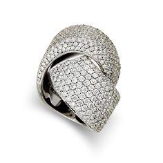 Diamond Ring in white gold by vhernier