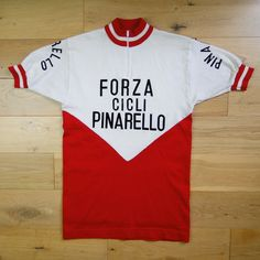 vtg RARE 70s DE MARCHI FORZA CICLI PINARELLO WOOL CYCLING JERSEY MADE ITALY XS Vintage Cycles, Cycling Jerseys, Cycling Outfit, Racing, Fitness, Mens Tops, Bicycle, Shirts, Hero