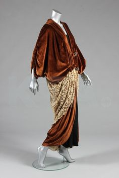A Compagnie Lyonnaise brown velvet opera coat, circa 1910, labelled '13 Rue Royale, Paris'