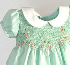 Free Smocking Patterns to Print Girls Smocked Dresses, Little Dresses, Little Girl Dresses, Smocking Patterns, Dress Patterns, Smocking Baby, Quilt Art, Heirloom Sewing, Smock Dress