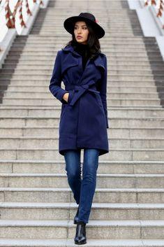 7c4f793f14909c Trenchcoat with Belt✨ #chicstyle #fashioninspo #fashioninspiration  #streetstyle2018 Urban Street Style,