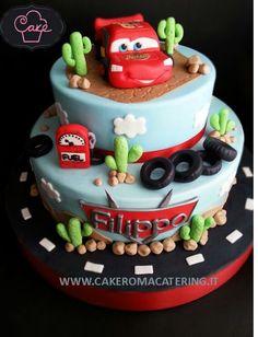 New cars cake design for boys 35 Ideas Disney Cars Cake, Disney Cars Birthday, Gateau Flash Mcqueen, Cars Cake Design, Cake Designs For Boy, Lightning Mcqueen Cake, Queen Cakes, Cupcakes Decorados, 3rd Birthday Cakes