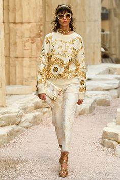 Sfilate Chanel Pre-collezioni Primavera Estate 2018 - Sfilate Parigi - Moda Donna - Style.it