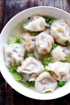 Vegan Wontons with Tofu Crumbs and Shiitake Mushrooms
