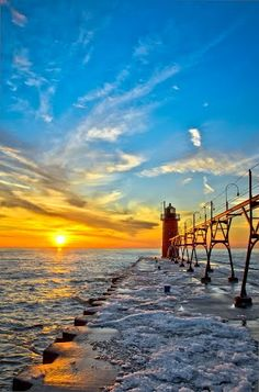 South Haven Lighthouse, 3
