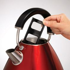 Metallic Red Accents Traditional Pyramid Kettle