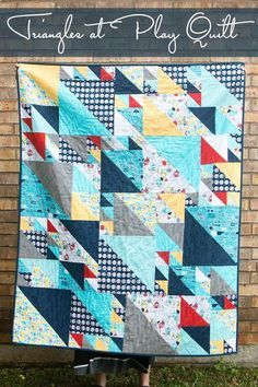 Free Quilt Pattern: Triangles at play -  Jack? Yellow, blue, gray, white