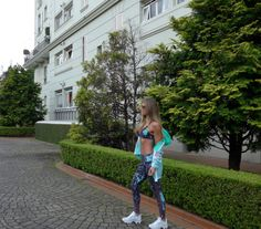 Look Body for Sure Casaco Nike Tênis Track e Field