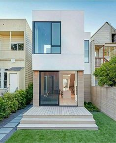 38 Awesome Small Contemporary House Designs Ideas To Try Tiny House Design Awesome Contemporary Designs House ideas small Modern Small House Design, Modern Minimalist House, Small Modern Home, Tiny House Design, Narrow House Designs, Architecture Design, Contemporary Architecture, Contemporary Houses, Small Contemporary House Plans