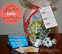 DIY Teacher Gifts for Christmas featuring Extra Gum - for that Extra Special Teacher w/ Printable Kindergarten Gifts, Preschool Gifts, Teacher Appreciation Gifts, Teacher Gifts, Teacher Stuff, Teacher Christmas Gifts, Christmas Diy, Craft Gifts, Diy Gifts