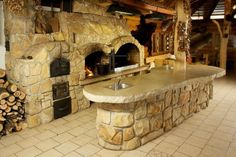 Outdoor Kitchen Plans, Outdoor Cooking Area, Pizza Oven Outdoor, Backyard Kitchen, Rustic Kitchen Design, Outdoor Kitchen Design, Outdoor Fireplace Designs, Brick Design, Rustic Outdoor