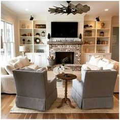Small Living Room Layout, Small Living Room Furniture, Narrow Living Room, Small Room Design, My Living Room, Bedroom Small, Kitchen Living, Furniture Around Fireplace, Fireplace Furniture Arrangement