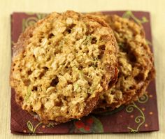 Oatmeal Zucchini Sandwich Cookies | Satisfymysweettooth.com