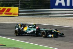 P21: Jarno Trulli (ITA) - Lotus-Renault T128 - 0 Points #motorsport #racing #f1 #formel1 #formula1 #formulaone #motor #sport #passion