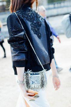 street style moda en la calle en paris fashion week octubre 2015 dia embroidered leather bomber jacket, bomber jacket, beaded details on a jacket Look Fashion, Fashion Details, Paris Fashion, High Fashion, Womens Fashion, Fashion Trends, Net Fashion, Fashion Bags, Street Style Inspiration