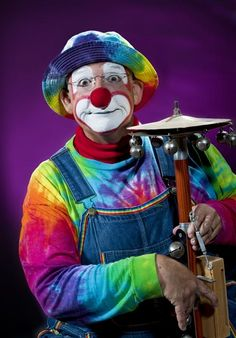 "»✿❤Colors❤✿« Clowns are not ""normal"" people- lol"