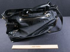 LOVELY LARGE TORY BURCH PATENT LEATHER AND BLACK CANVAS SHOULDER BAG. COMES WITH TORY BURCH DUST BAG.