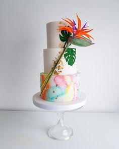 Tropical wedding cake by The Snowdrop Cakery - http://cakesdecor.com/cakes/306472-tropical-wedding-cake