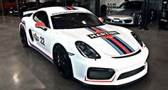 Porsche Cayman GT4 Looks Spot-On With Martini Racing Stripes