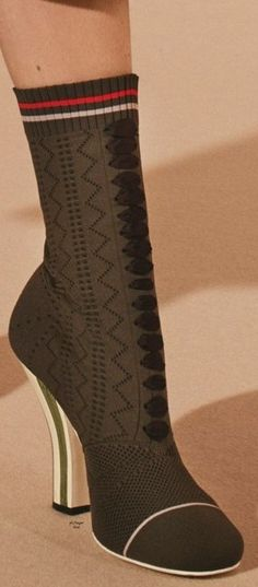 Fendi 2017 Metallic Ankle Boots clearance classic QtdcZ7