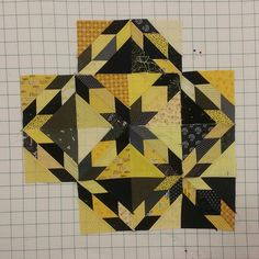 Hunter Star quilt ideas - New pattern coming from Material Girlfriends Star Quilt Blocks, Star Quilts, Scrappy Quilts, Mini Quilts, Jelly Roll Quilt Patterns, Star Quilt Patterns, Quilting Projects, Quilting Designs, Quilting Ideas