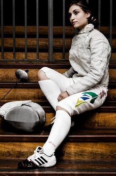 Giulia Gasparin - Sabre Senior Boy Photography, Sport Photography, Camera Photography, Fencing Foil, The Fencer, Kids Choice Award, Fencing Sport, Sword Fight, Figure Poses