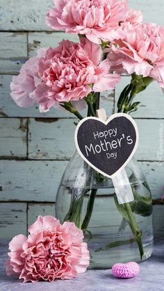 Goździki na Dzień Matki - Tapeta na telefon Happy Mothers Day Images, Happy Mother Day Quotes, Happy Day, Christmas Wallpaper, Morning Images, Mary Kay, Iphone Wallpaper, Floral, Blessed