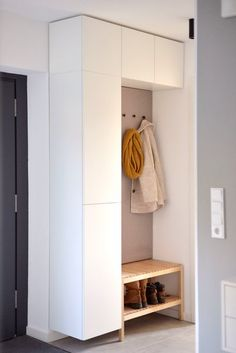 Dressing Ikea, Small Dressing Rooms, Ikea Closet Hack, Ikea Wardrobe, Ikea Storage, Tall Cabinet Storage, Ikea Organization, Ikea Shelves, Ikea Hall