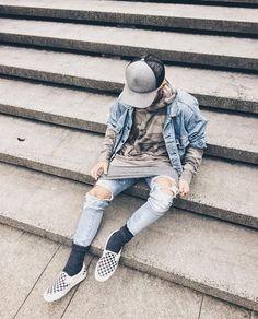 cp2v8chvuaaazek Dope Fashion, Fashion Moda, Mens Fashion, Street Fashion, Hipster Outfits, Fashion Outfits, Checkered Vans Outfit, Vans Checkerboard, Angel Outfit