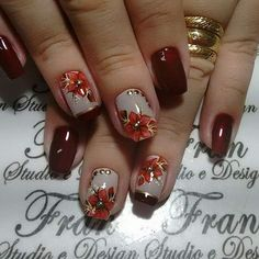 Opting for bright colours or intricate nail art isn't a must anymore. This year, nude nail designs are becoming a trend. Here are some nude nail designs. Elegant Nail Art, Elegant Nail Designs, Fall Nail Art Designs, Beautiful Nail Designs, Beautiful Nail Art, Fingernail Designs, Floral Nail Art, Luxury Nails, Best Acrylic Nails