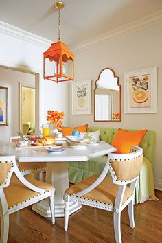 Colorful Breakfast Nook - Eat In Kitchen Design Ideas - Southern Living Kitchen Breakfast Nooks, Kitchen Nook, Eat In Kitchen, Kitchen Decor, Kitchen Ideas, Kitchen Layouts, Kitchen Interior, Sweet Home, Kitchen Colors