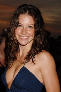 Evangeline Lilly (actress, Lost, Real Steel, The Hobbit, Ant-Man) Canadian Actresses, Actors & Actresses, Nicole Evangeline Lilly, Tauriel, Hollywood, Sexy Older Women, Star Wars, Christina Hendricks, Beautiful Actresses