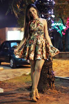 Suene Fernandes: Looks de Suene: Romântico. Vestidinho Floral Bege ...
