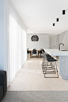 5 Tips to Creating a Scandi Style home — Zephyr + Stone Scandi Home, Scandi Style, Engineered Timber Flooring, Curtains With Blinds, Sheer Curtains Bedroom, Lounge Curtains, Floor To Ceiling Curtains, Open Plan Living, Minimalist Home