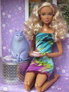 Barbie Made to Move. Барби, безграничные движения. Лея! Новинка! / Игровые куклы / Шопик. Продать купить куклу / Бэйбики. Куклы фото. Одежда для кукол