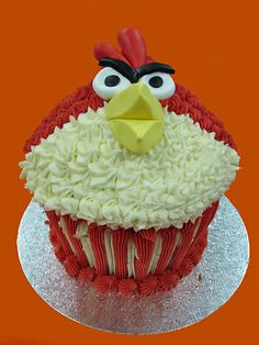 Angry Birds Giant Cupcake Mould, Big Cupcake, Giant Cupcake Cakes, Cupcake Ideas, Red Angry Bird, Angry Birds, Candy Shop, Original Recipe, Cake Smash