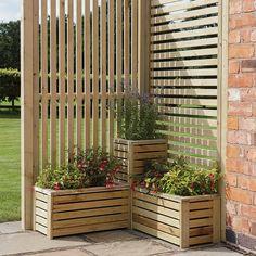 Garden Planters Uk, Garden Beds, Garden Nook, Planters On Fence, Galvanized Planters, Diy Planter Box, Back Gardens, Outdoor Gardens, Garden Privacy