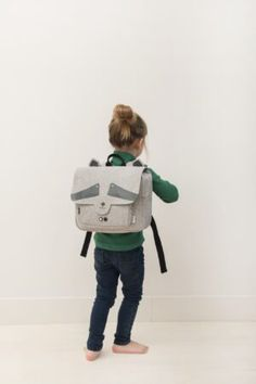 Discover this cute school satchel by Trixie and let your kid be the star on the first day of school. Herschel Rucksack, Herschel Heritage Backpack, Travel Trolleys, Toddler Preschool, First Day Of School, Cute Animals, Backpacks, Kids, Comfy Casual