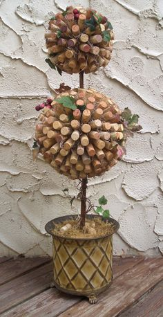 Cork Topiary, what a great excuse to drink a lot of wine!
