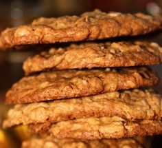 Cinnamon Toffee Praline Oatmeal Cookies from La Bella Vita Cucina