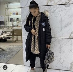 Long Puffer Coat, Canada Goose Jackets, Winter Outfits, Winter Jackets, Vest, Fitness, Fire, Cold, Black