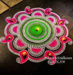 Latest Rangoli Designs for Diwali Browse over Ideas & Images on rangoli design for Diwali festival. Diwali is never complete without rangoli colours. Indian Rangoli Designs, Rangoli Designs Latest, Latest Rangoli, Simple Rangoli Designs Images, Colorful Rangoli Designs, Beautiful Rangoli Designs, Diwali Painting, Mandalas Painting, Mandalas Drawing