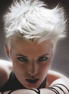 Very short haircuts. 200 free pictures of extra short hairstyles. New Trendy Hairstyles, Edgy Haircuts, Very Short Haircuts, Edgy Short Hair, Girl Short Hair, Short Hair Cuts, Short Hair Styles, Haircut And Color, Great Hair