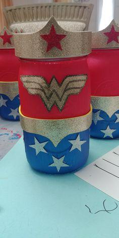 Wonder Woman Theme Mason Jar Manson Jar, Wonder Woman Party, Superhero Party, Mason Jar Crafts, Alter Ego, Planter Pots, Centerpieces, Baby Shower, Birthday