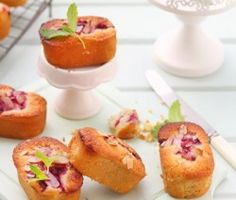 berry and almond friands #valentinesday