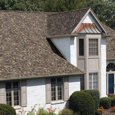 We maintain and repair Presidential, or Architectural shingles? To get the most out of your roof, you need our composition roof maintenance service! Roof Shingle Colors, Roof Colors, House Colors, Architectural Shingles Roof, Composition Roof, Roof Installation, Fibreglass Roof, Cool Roof, Shed Roof