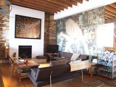 Exposed brick! Loft apartment in Hoxton, North London. #interior #loft #decor