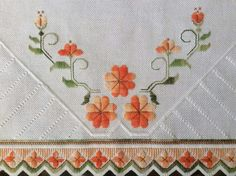 Hand Embroidery Designs, Floral Embroidery, Embroidery Patterns, Swedish Weaving, Hardanger Embroidery, Crochet Tablecloth, Needlepoint, Cross Stitch, Embroidery Stitches