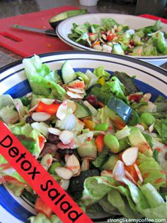 Detox Salad, beautiful medley rich in vitamins and minerals to get back on track after those not-so-healthy weekends of indulgences Raw Food Recipes, Gourmet Recipes, Cooking Recipes, Healthy Recipes, Healthy Food, Cooking Ideas, Easy Recipes, Yummy Food, Detox Salad